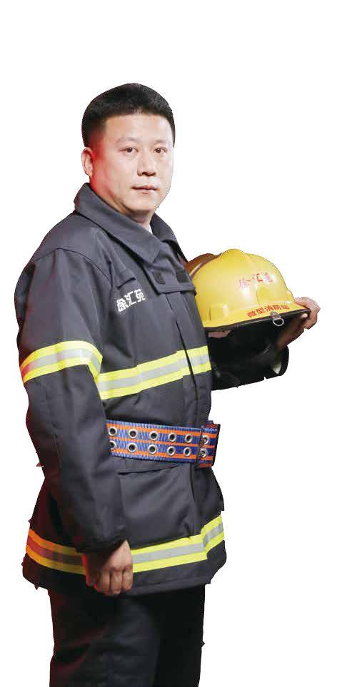 尹文建:义务消防员与他的宜居楼宇