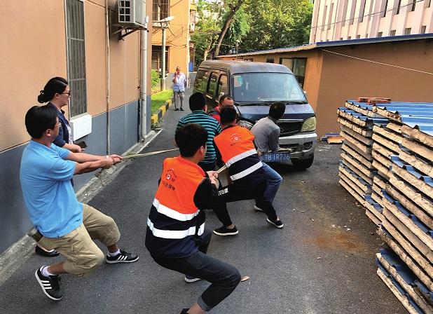 百姓安全无小事上海市虹口区曲阳路街道整治住宅小区消防顽疾